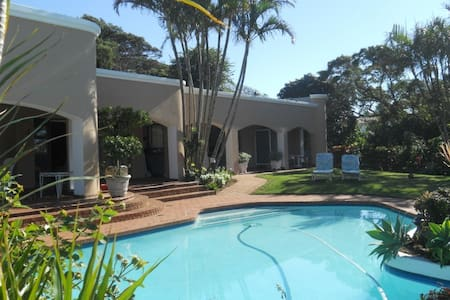Beach-side BnB in Umhlanga Rocks - Umhlanga