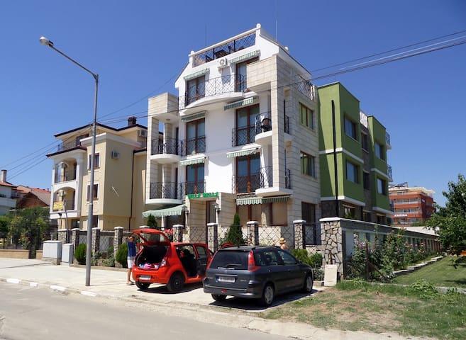 2br Ravda village apartment close to beach