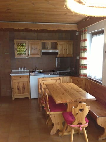 Alpen Rose - Apartment 4 pax - 100 mt. from slopes - San Vigilio - Apartment