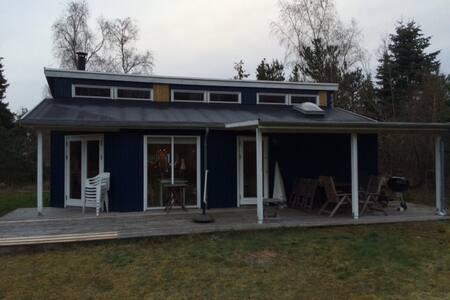 Lovely summerhouse 5 min to beach - Fårevejle