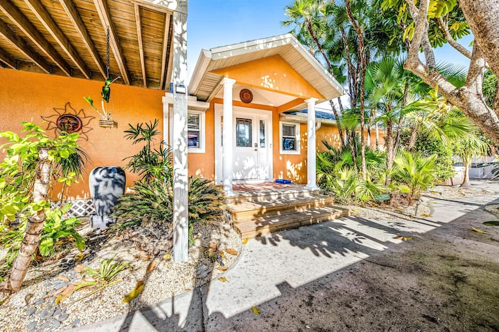 Family (and snowbird) friendly home w/ ocean view, central AC, & private hot tub