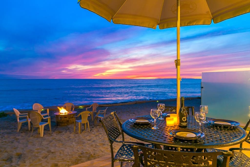 2 Unobstructed sunset views while you have dinner