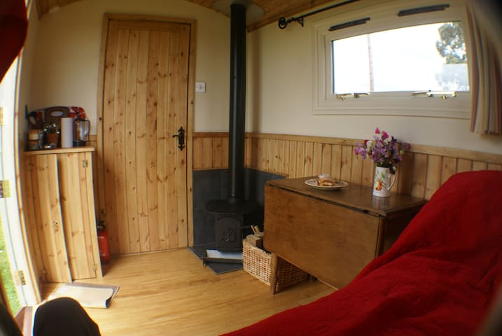 Shepherds Huts Southeast Hop - Bethersden - Hut