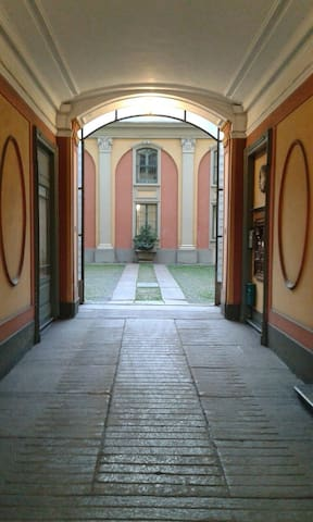 Palazzina di Corte Cairoli a Torino - Turín - Dům