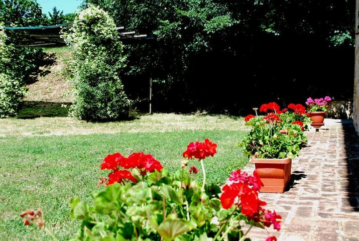 Country House Appartamento C - Bevagna - Apartment