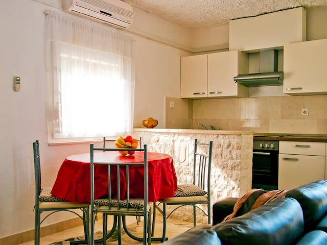 """Apartman """"Kadulja 1 """" - Sea view - Žedno - Hus"""