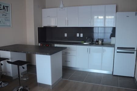 Cozy & Cheap Brand New Flat | Internal Parking - Cluj-Napoca - Apartment