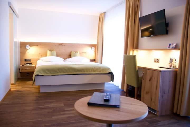 Dreibettzimmer im Hotel Bristol