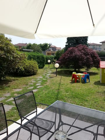 Nice apartment 2 Laghi with garden & wifi