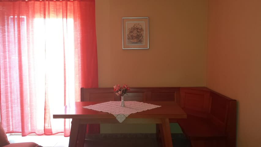 Flowerista 2 - Funtana - Bed & Breakfast
