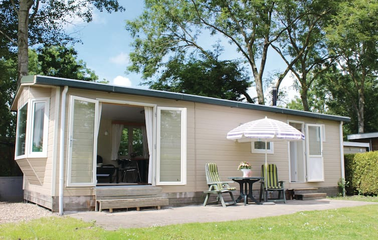 Holiday cottage with 2 bedrooms on 35 m² HFR096