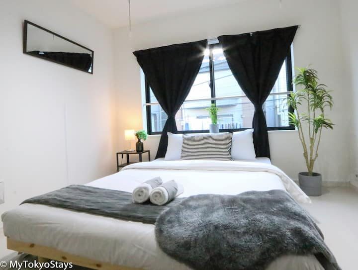 NEW Modern Unit Downtown Shinjuku, Easy Access !