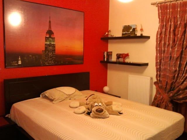 Private simple room in North Athens - Iraklio - Apartment