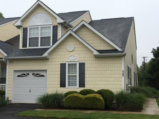 Family Friendly Vacation Home in Rehoboth, pool