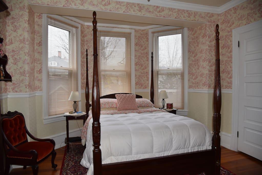 the bismarck bed breakfast heidelberg room bed and. Black Bedroom Furniture Sets. Home Design Ideas