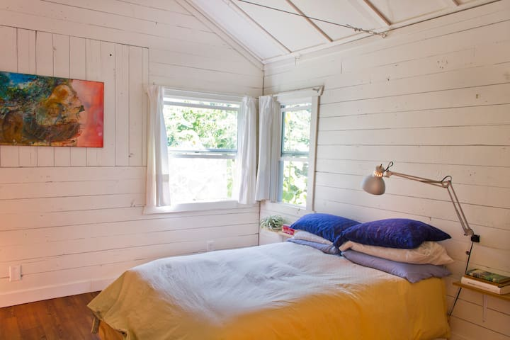Charming College Hill Cottage - Eugene - Dom