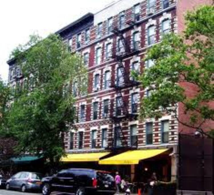 Apt is above two popular and celeb filled Italian restaurants. Just close enough to bustling Bleecker St but tucked off enough to make it quiet and peaceful.
