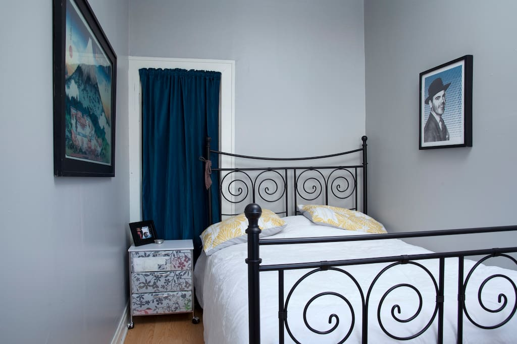 Guest Bedroom: Clean & comfortable double bed in private room with privacy lock