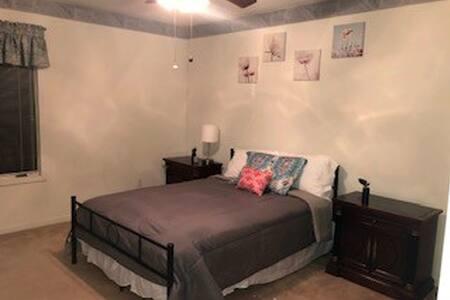 Quiet Room 3