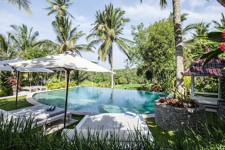 La Balian Villa & Retreat, 8 Bedroom 8 Bathrooms