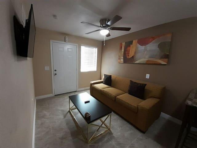 Las Vegas Guest Apartment