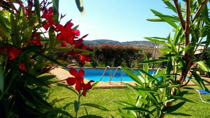 Villa Elia-Private pool, Mountain View&near to sea