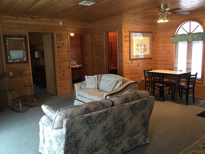 Private 2 bedroom suite,  separate entrance