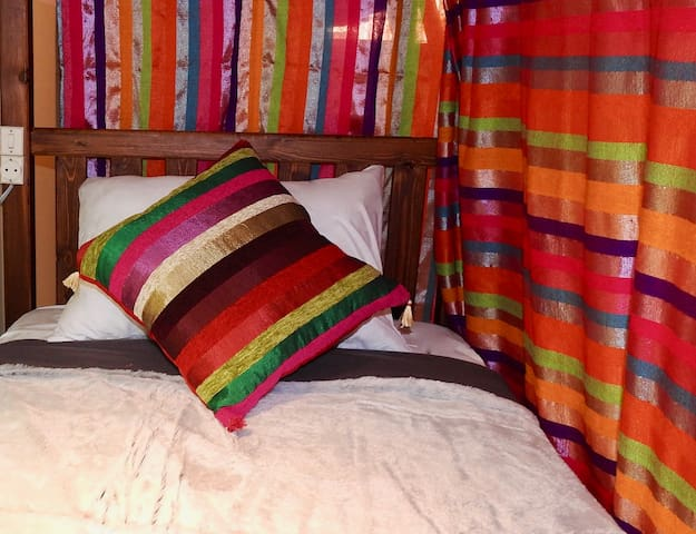 Bunkbed with curtains