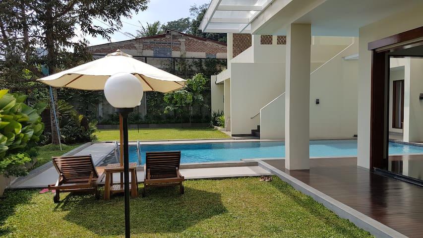 Bukit Dago Palace 22