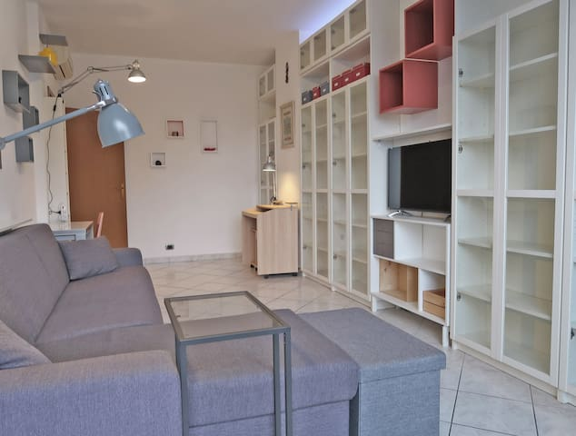 Comfortable & spacious 1br  70 m² / 750 ft² flat
