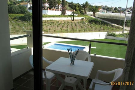 Brand new apartment near the beach in Benajarafe - Benajarafe