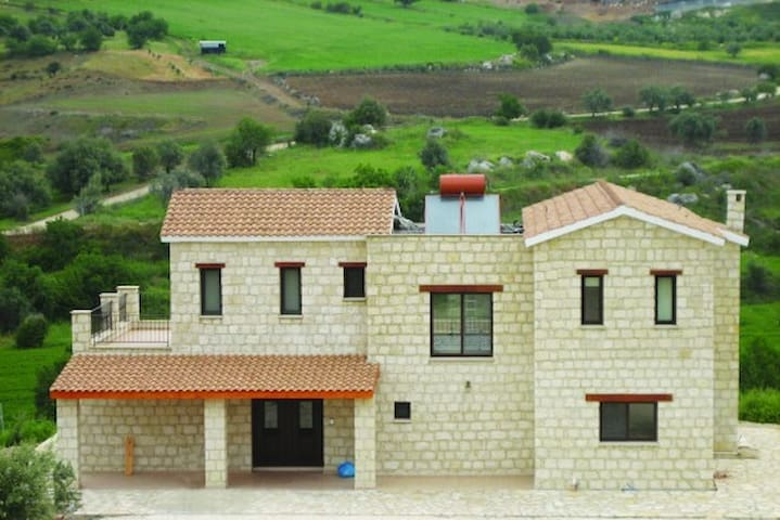 4 Bed New villa in Simou village - Simou - Huvila