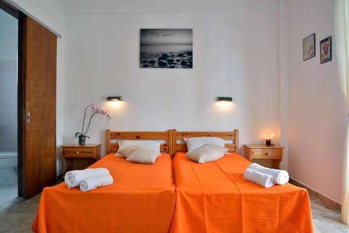 Nikis Apartments Agios Gordios - Agios Gordios