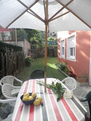 Precioso bajo con jardín en playa   - Isla - Apartment