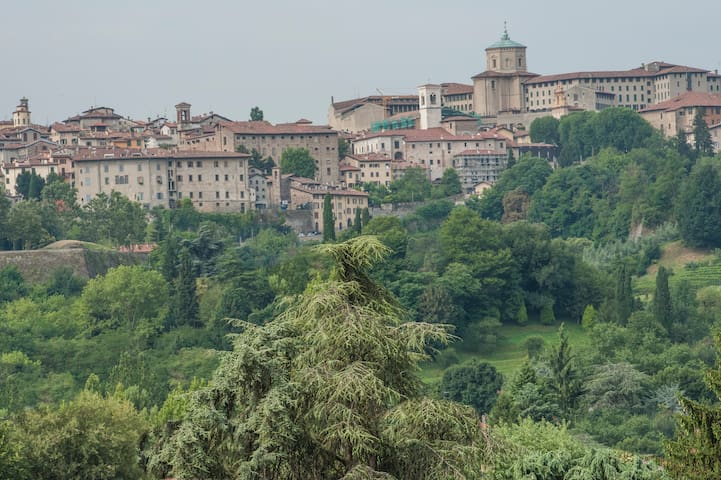 ReGo Apartments- Transfer  24/24 H Panoramic View - Bergamo