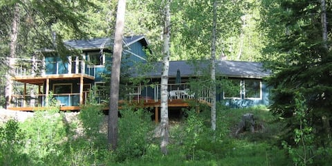 Red Dog Cabin, South Lake Tahoe all seasons gem!