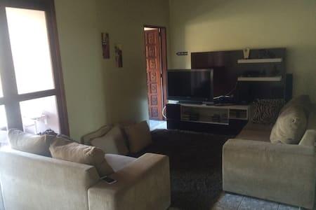 Ótima Casa Familiar no Centro de Manaus - Manaus - Rumah