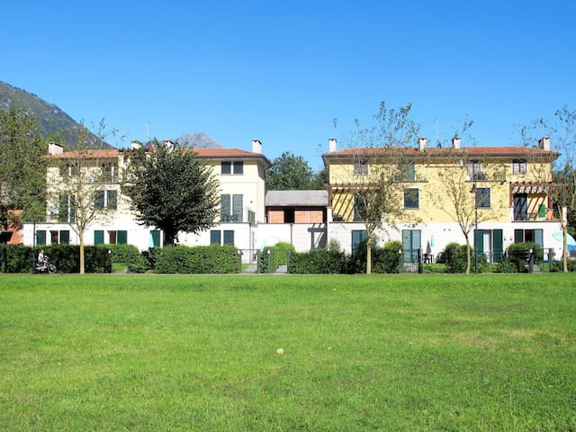 Apartment Villaggio Porto Letizia for 4 persons