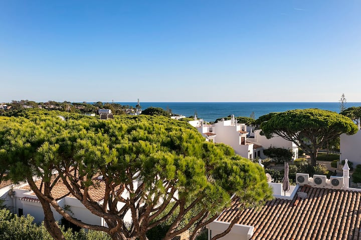 Modern Townhouse in Vale do Lobo (Sea view)