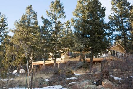 The Cabin at Yankee Creek - Evergreen - Cabin