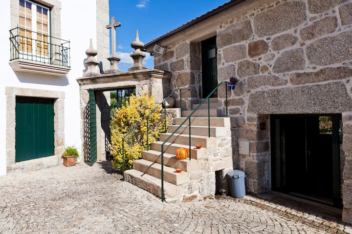 Charming manor-house in Minho - Cabeceiras de Basto Municipality - Villa