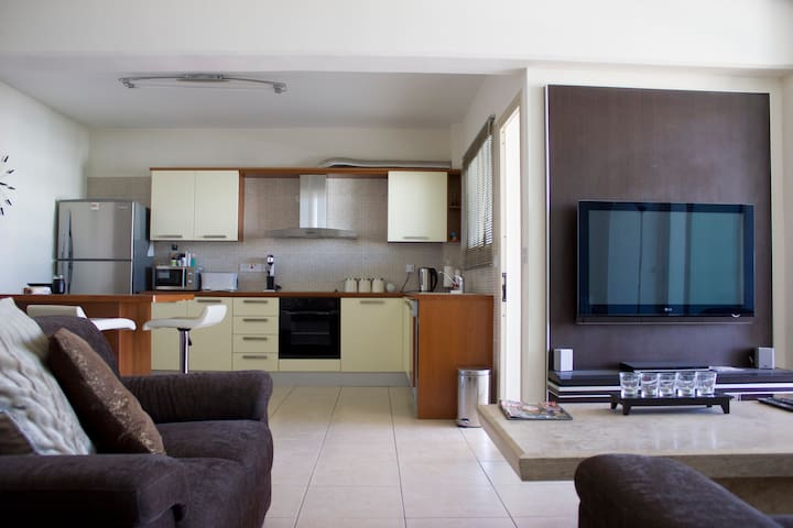 Top Floor apartment in Larnaca - Larnaca - Appartement