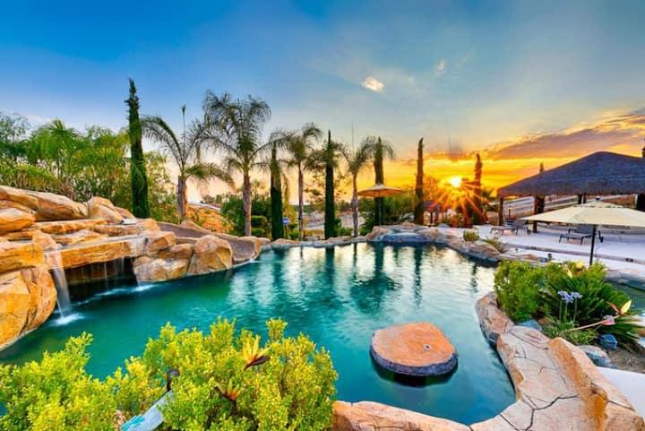 25% OFF DEC! Wine Country Villa, Beautiful Views, Pool/Spa + Amenities