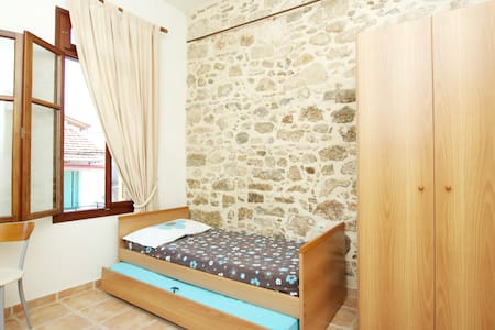 Stay in the old town of Rethymno - Apartment
