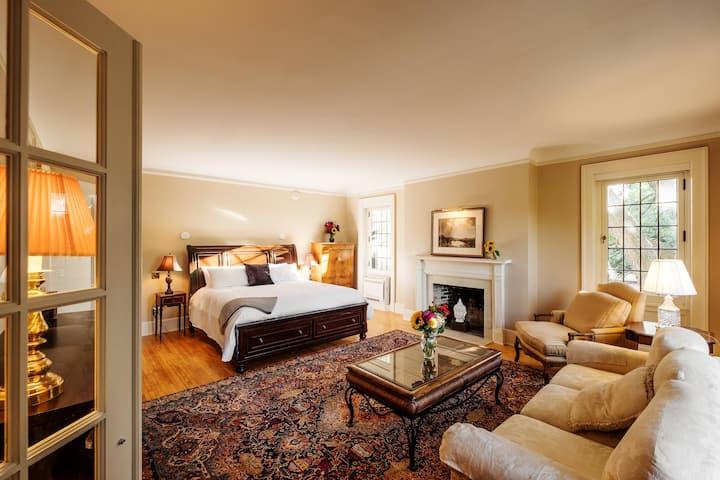 The Davidson Hotel-Suite 201