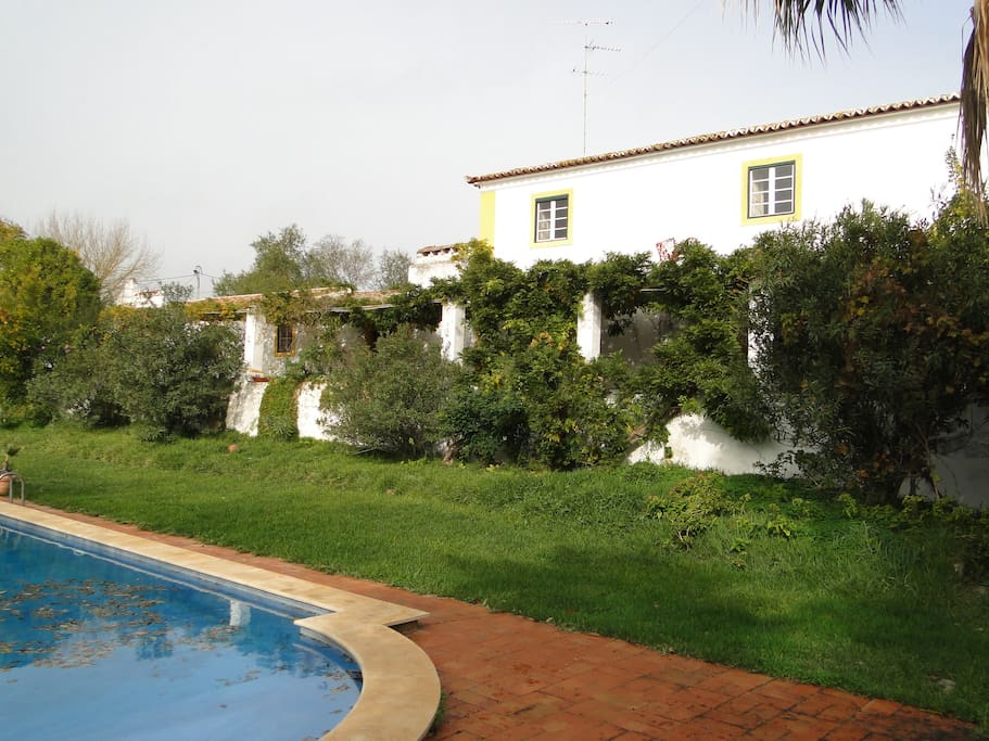 Alentejo s charming farmhouse casas para alugar em elvas for Piscina elvas