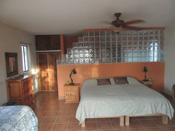 Casita Suenos King Bed Private Bath