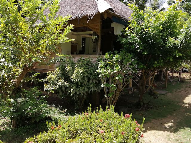 Quiet, natural, friendly Bahay Kubo room