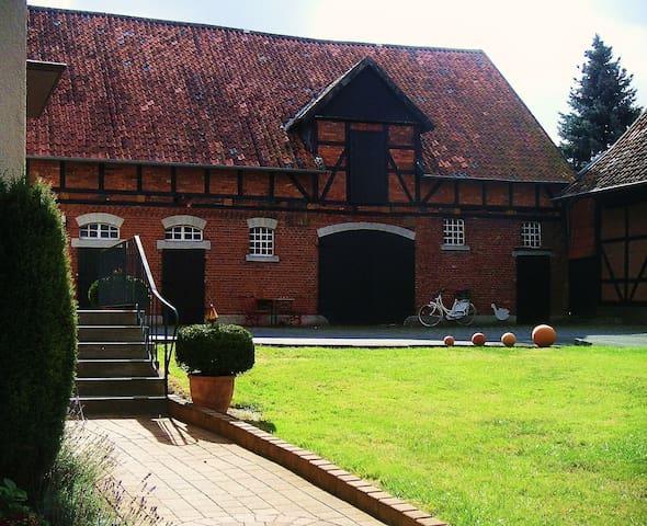 Landidylle auf altem Bauernhof - Landwehr - Casa