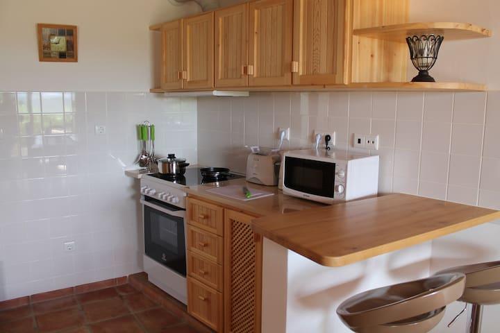 Eco-Build Apartment in Chabouco  - Alfambras - Huoneisto
